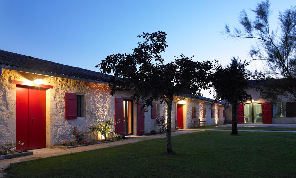 Bureaux nuit Château Lavergne Dulong