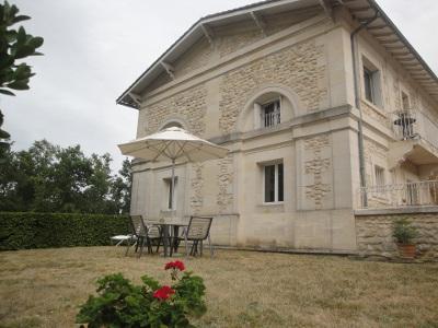 Côté Château 1