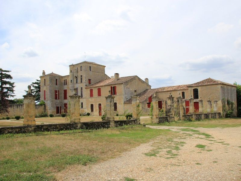 chateau-lacaussade-33_b (1) /